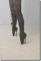 180px-Ballet_boots2